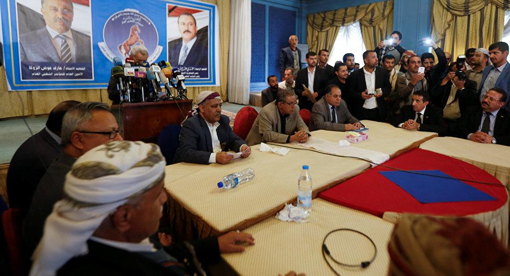 Sanaa, 4.1.2018, Neugründung des Moutamar, der Volkskongresspartei, nach dem Tod von Ali Abdullah Saleh. Neuer Parteivorsitzender ist Sadeq Amin Abu Ras, die Partei wendet sich gegen die saudische Aggression. Für Saleh-Sohn Ahmed Ali Saleh ist kein Platz